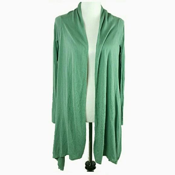 750451ba019 BCBGMaxAzria Sweaters - BCBG MaxArzia silk cashmere Cardigan size xs s